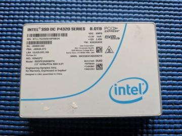 Ổ cứng SSD 7.68TB Intel SSD D5-P4320 Series 2.5in PCIe 3.1 x4, 3D2, QLC