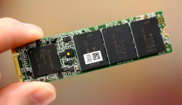 Ổ cứng SSD 760GB Intel DC S3520 Series M.2 80mm SATA 6Gb/s, 3D1, MLC