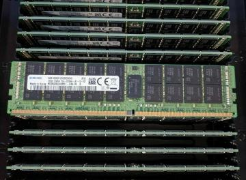 M393AAG40M32-CAE Samsung 128GB DDR4 3200 ECC RDIMM Module