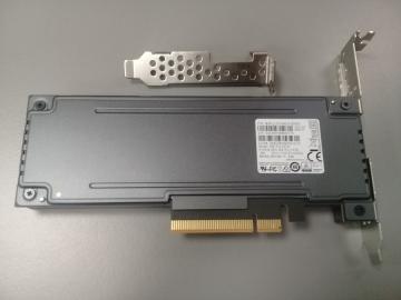 MZPLL12THMLA-00005 Ổ cứng SSD 12.8TB Samsung PM1725b HHHL NVMe PCIe3.0 x8
